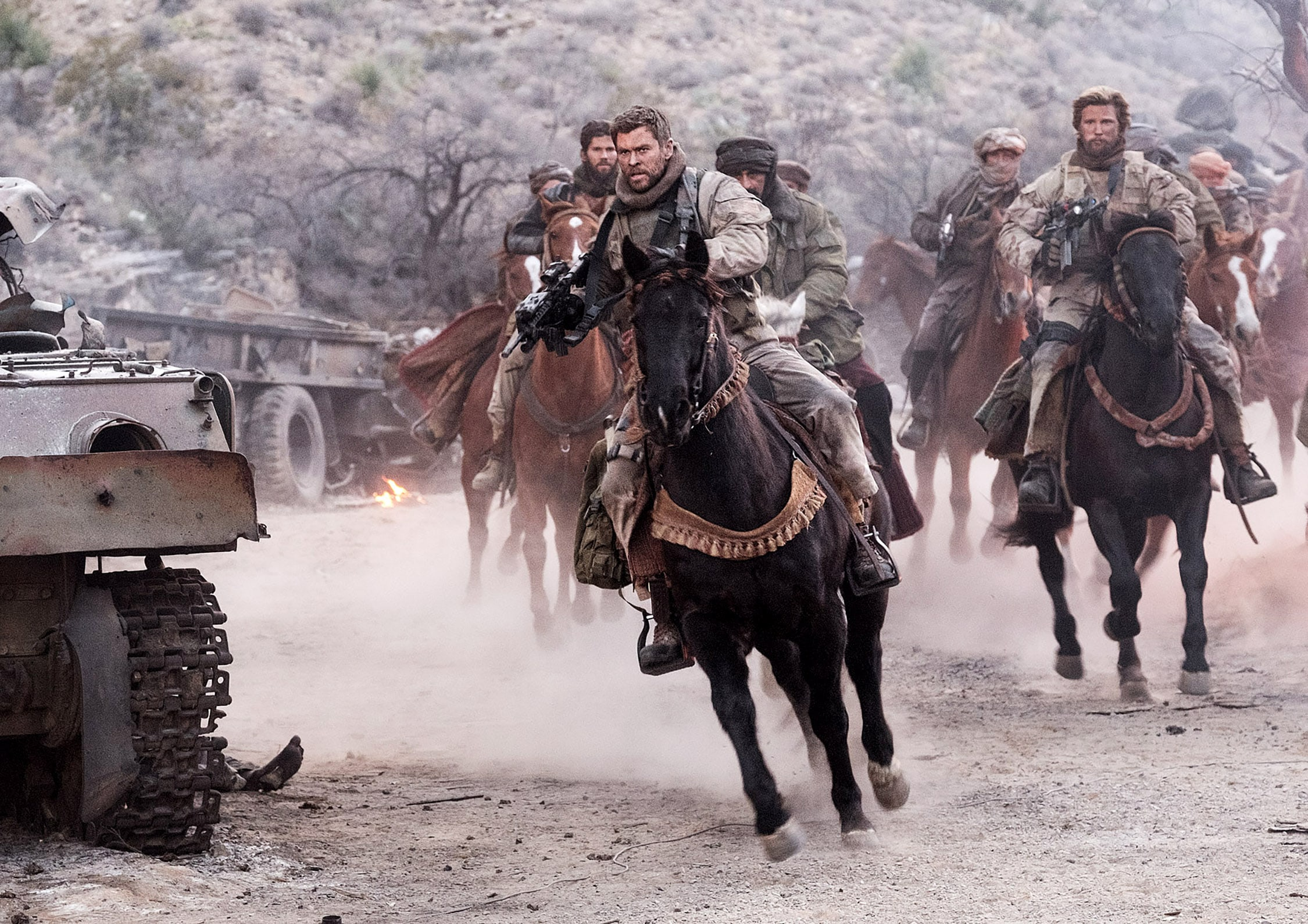"(Front) CHRIS HEMSWORTH as Captain Nelson in Jerry Bruckheimer Films', Black Label Media' and Alcon Entertainment's war drama ""12 STRONG,"" a Warner Bros. Pictures release. Photo by David James"
